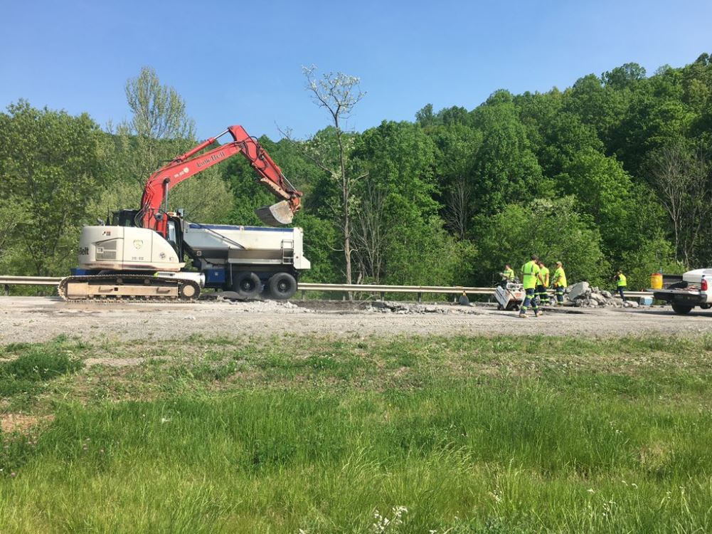 Crews work to repair a section of Interstate 79 where a road has buckled. (WCHS/WVAH)
