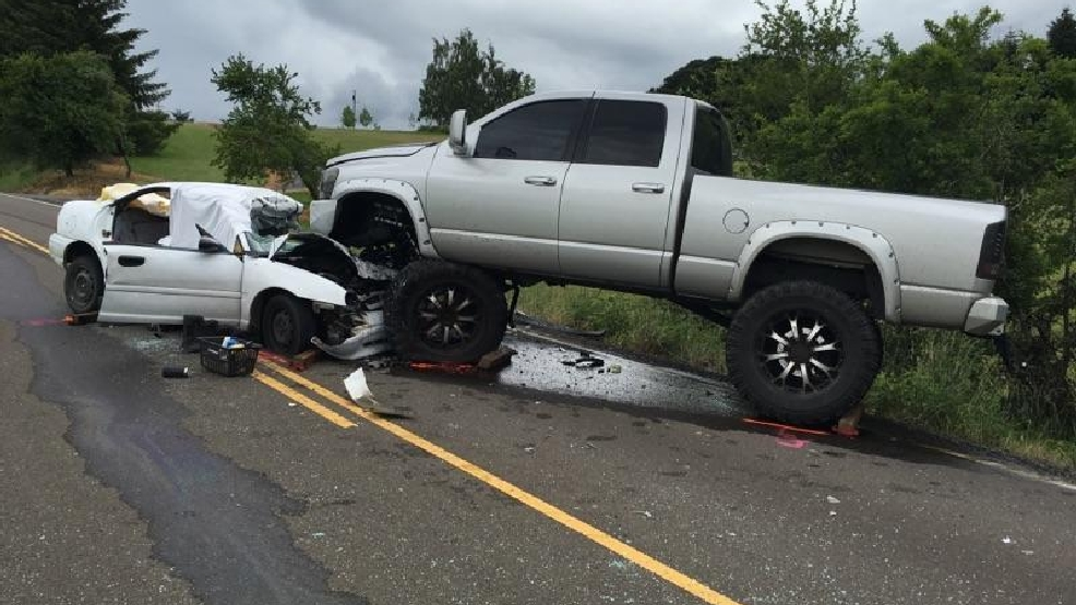 Troopers: Driver killed in head-on crash | KVAL