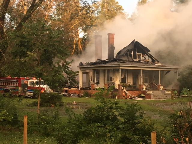 Overnight house fire in Gray ,Ga/ Ronshad Berry (WGXA)