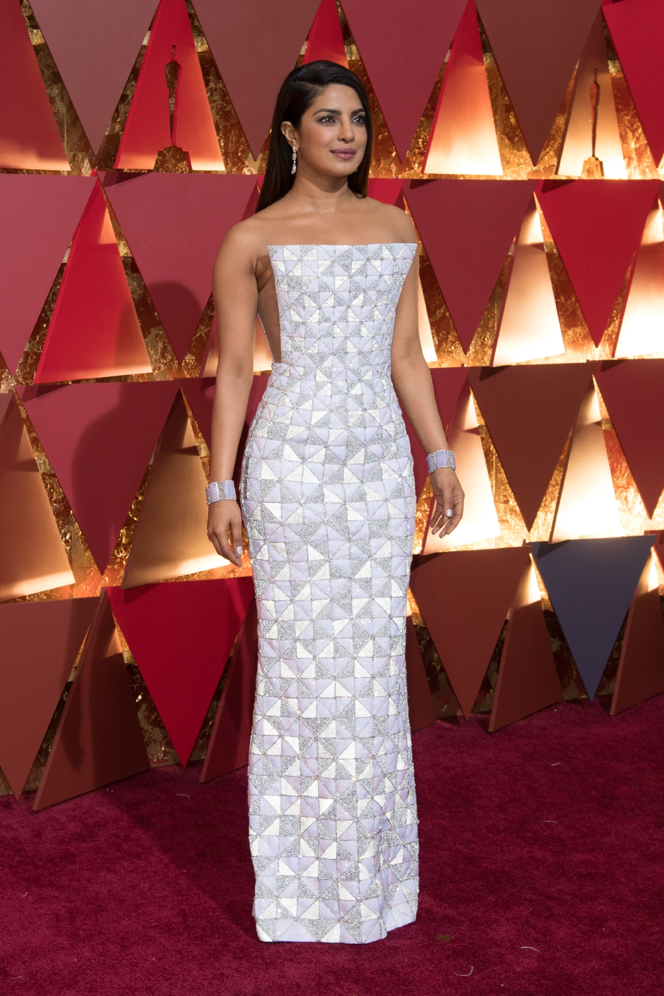 #11: Priyanka Chopra. We're loving the cut of her dress, and the subtle slits on the sides. (Image: AMPAS)