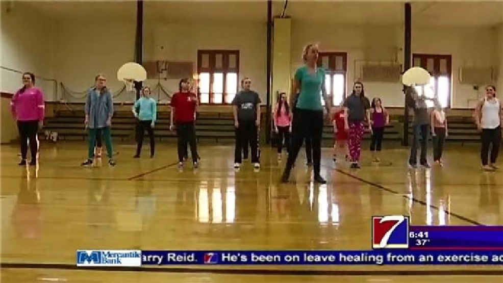 The 'Sparkle Effect' at Hannibal High School | KHQA