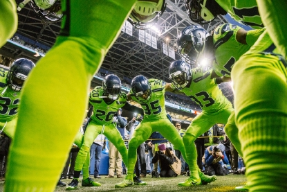 Photos Seahawks Sea Gals And Fans Go Action Green For