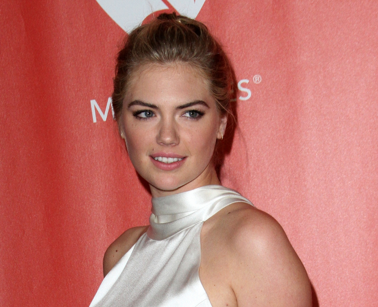 MusiCares 2017 Person of the Year Dinner honoring Tom Petty held at the Los Angeles Convention Center.  Featuring: Kate Upton Where: Los Angeles, California, United States When: 11 Feb 2017 Credit: Adriana M. Barraza/WENN.com