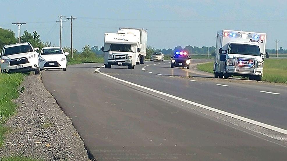 LaGrange emergency crews respond to single vehicle rollover