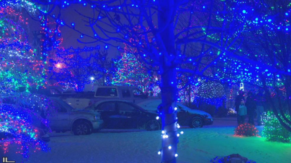 Caldwell Christmas lights are drawing holiday revelers by the hundreds - Caldwell Christmas Lights Are Drawing Holiday Revelers By The