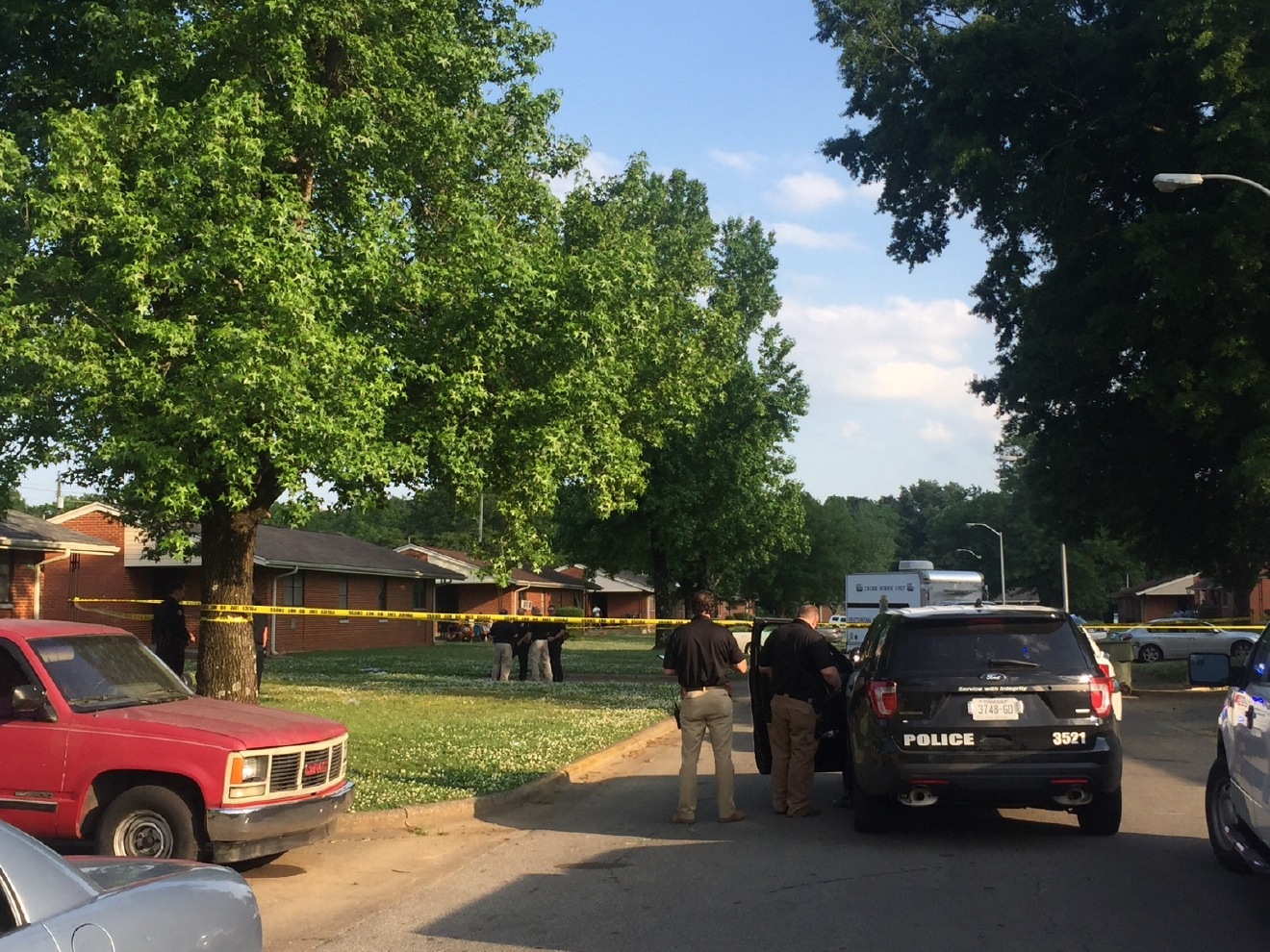 Chattanooga Police investigate the deadly shooting on Jeffery Lane Tuesday night.