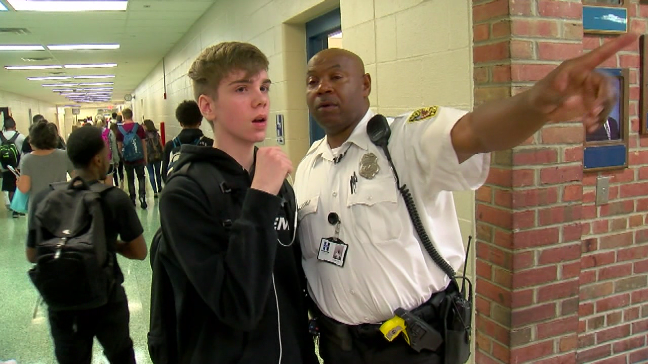 Hamilton school resource officer gets help from community after emergency brain surgery (WKRC)