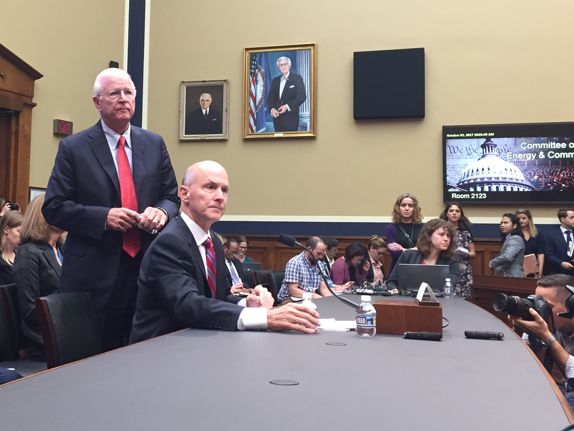 Former Equifax CEO Richard Smith testifies before the House Energy and Commerce Committee on the data breach that jeopardized the personal information of more than 145 million Americans. Tues. October 3, 2017. (Credit: Sinclair Broadcast Group)