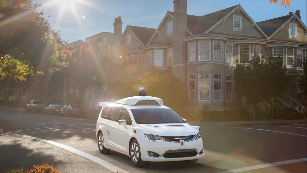 Waymo_FCA_Fully_Self-Driving_Chrysler_Pacifica_Hybrid_2ldeghj3cved52hi31ejeel35a5.jpg