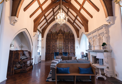 The Cantaloupe King Mansion Is Home To The Country S Largest Residential Pipe Organ Cincinnati Refined Bud smith is a third generation cantaloupe farmer from bean blossom, indiana. cincinnati refined
