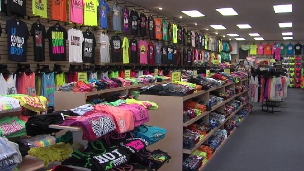 New Hot Springs t-shirt store stirring up controversy, city ...