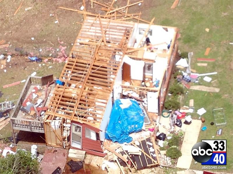 ABC 33/40 aerial video of the storm damage in Graysville, Ala., Tuesday, April 29, 2014.