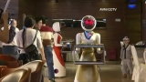 Chinese restaurant 'hires' robot servers
