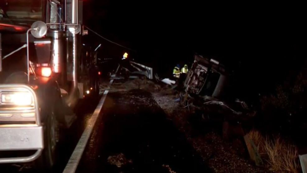 2 semis rollover on I-15 during rainy weather in southern Utah