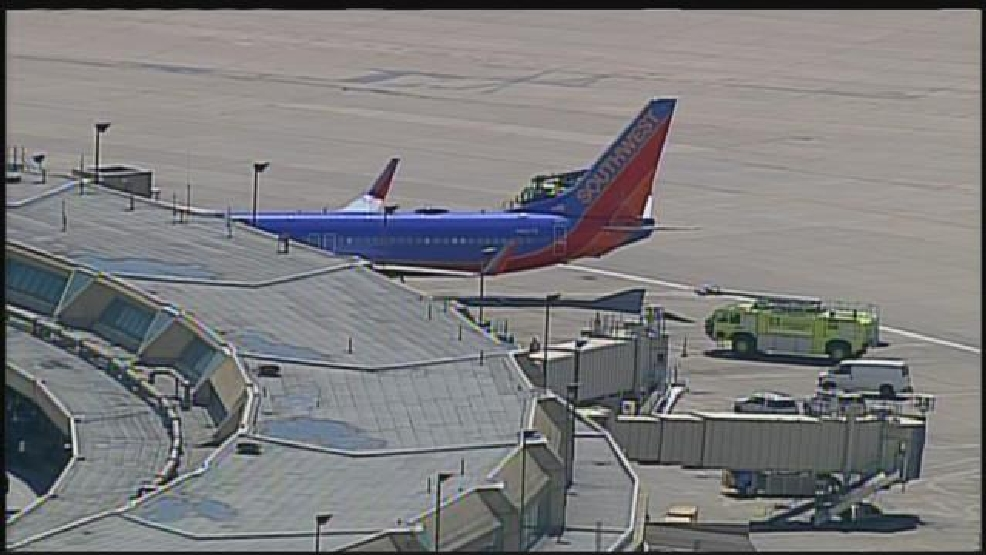 Southwest plane makes unplanned landing in missouri in for Kansas city star fishing report