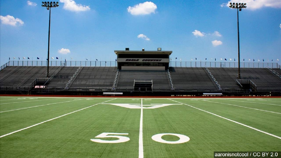 Hs football player charged after exposing himself in for Red mountain motors mesa az