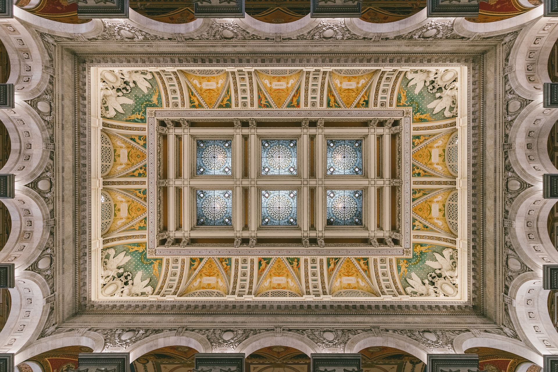 Ornate Ceiling – Interior ceiling of the Library of Congress(Image: Zack Lewkowicz)<p></p>