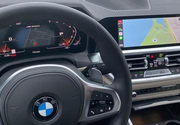 BMW relents on charging for Apple CarPlay