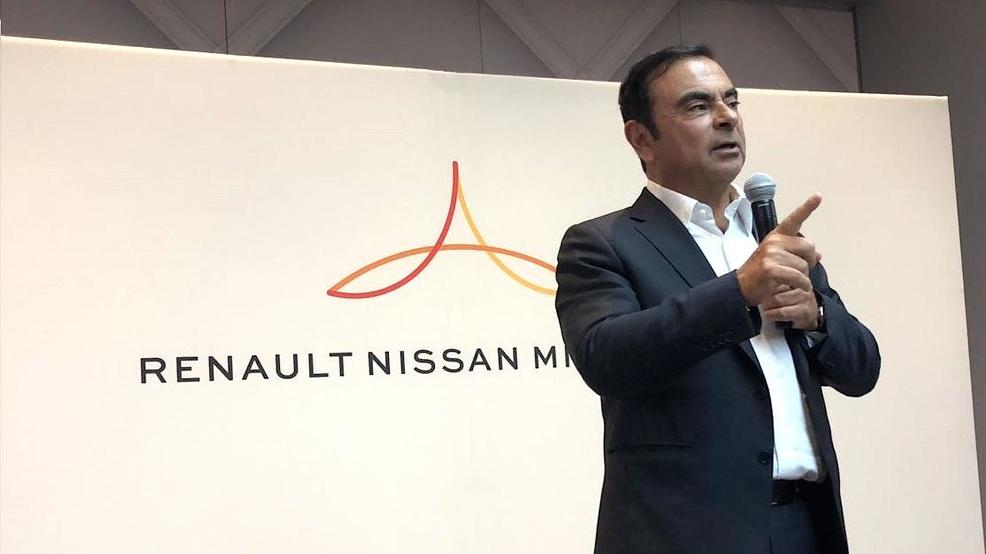 Jan9_ghosn_lead.jpg