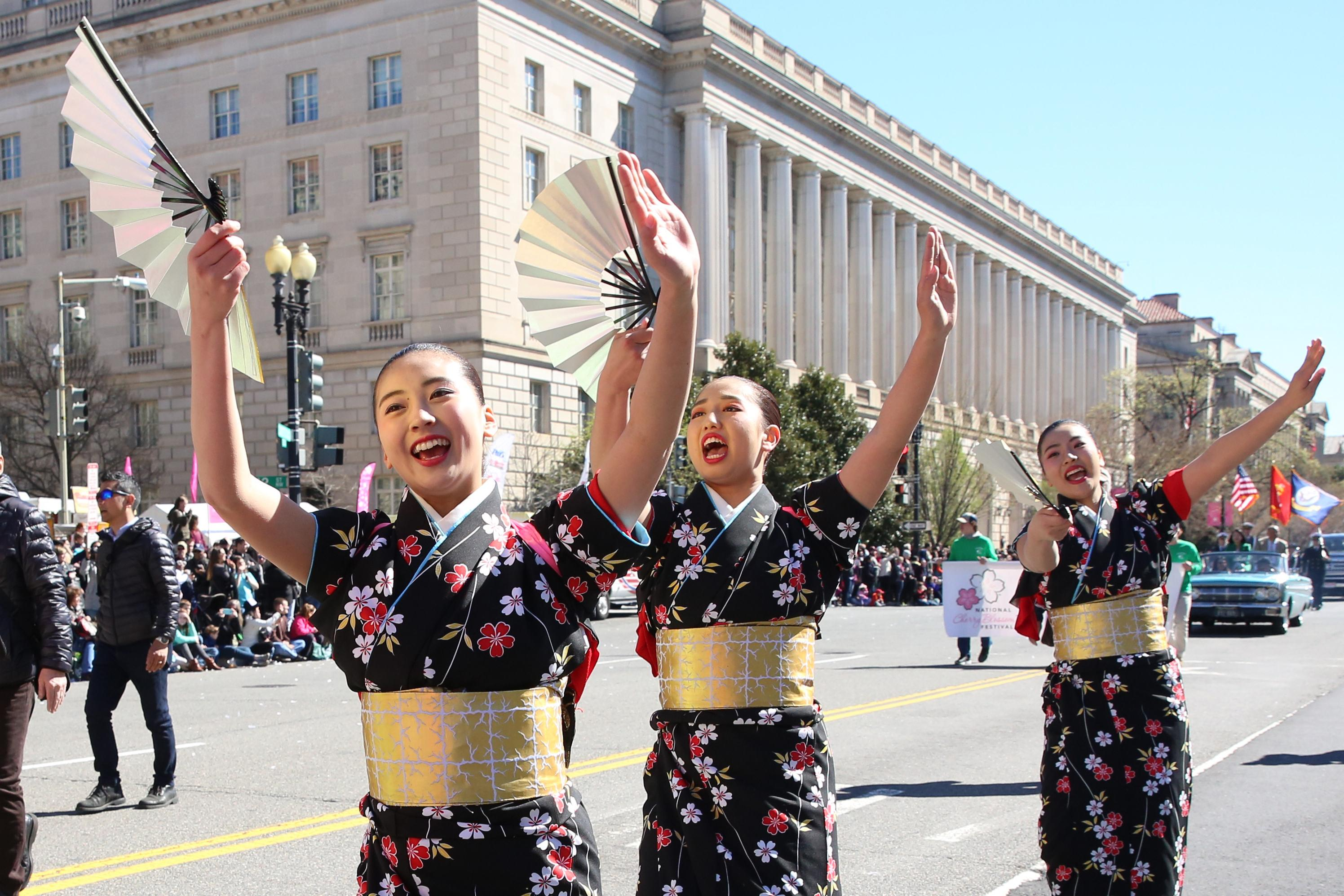This month we went to cat yoga, met our new first ladies of football, took on a few runways, flew kites and celebrated the cherry blossoms. Here are our best pics from April 2017. (Amanda Andrade-Rhoades/DC Refined)