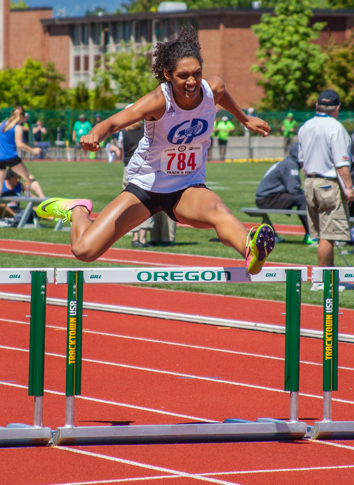 Deshae Wise from Grants Pass High School wins Girls 300 Meter Hurdles 6A Prelims event with the time of 44.05 at the OSAA Track and Field State Championships at Hayward Field. Photo by Vannie Cooper, Oregon News Lab