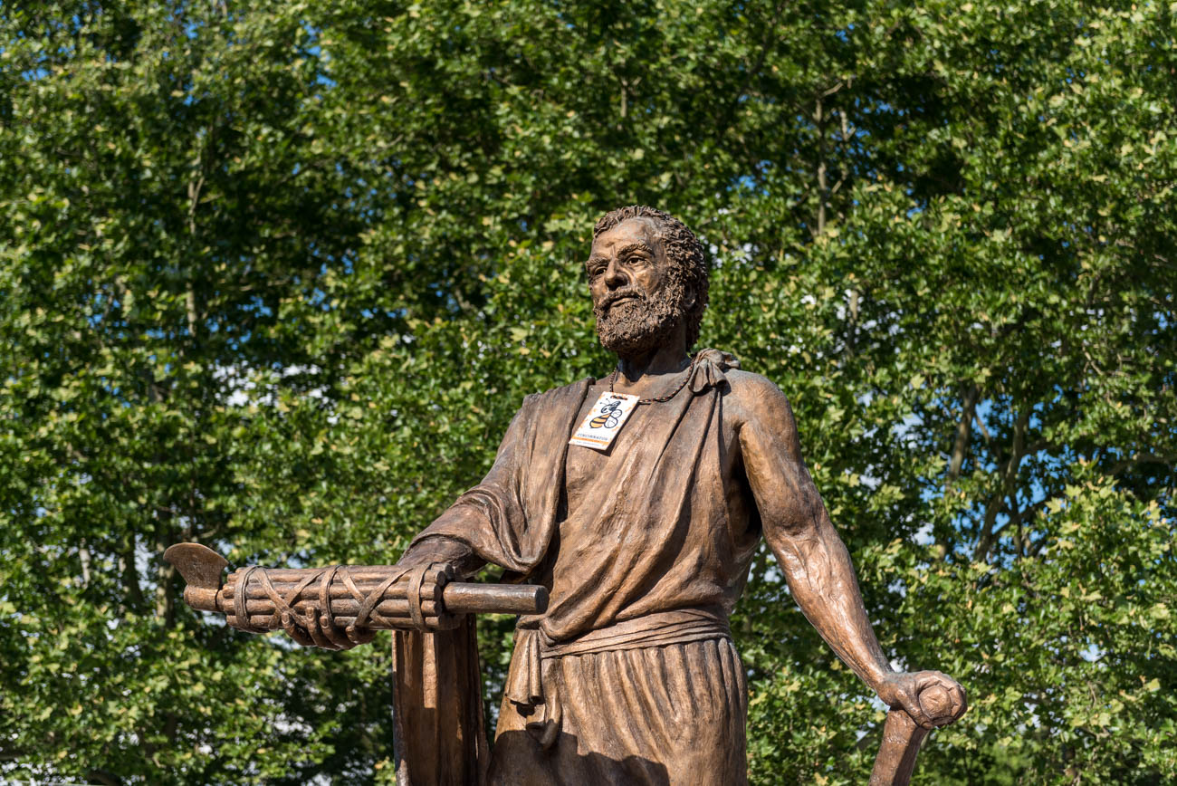 Cincinnatus holding down the fort in the Craft Beer Village / Image: Mike Menke // Published: 6.4.18