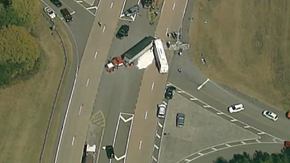 Report: 1 dead, dozens injured in tour bus crash in Gilmer