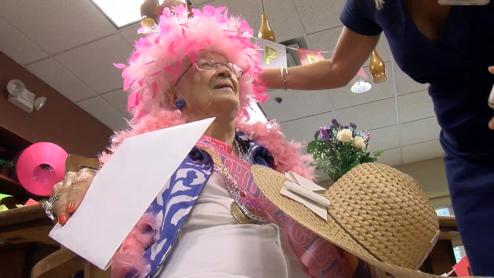 Jean Boggs celebrated her 101st birthday Monday in Mount Pleasant (WCIV).png