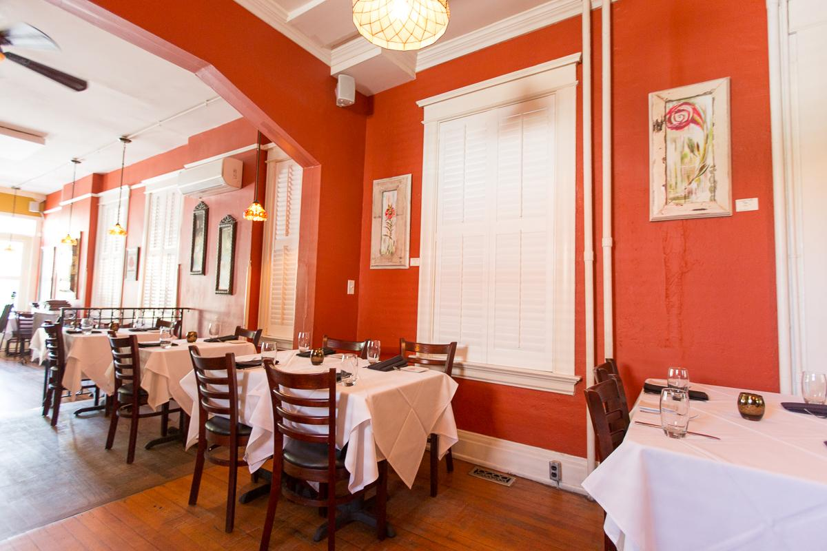 This MainStrasse Restaurant Is Leading The FarmToTable Charge - Table 41 restaurant