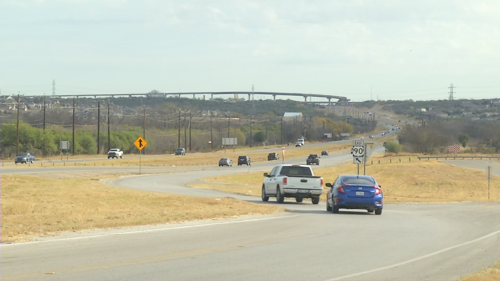 txdot overseeing more than a hundred construction projects across