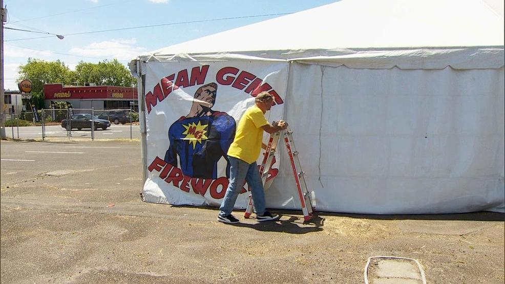Fireworks vendors and firefighters are preparing for Fourth of July in Clark County