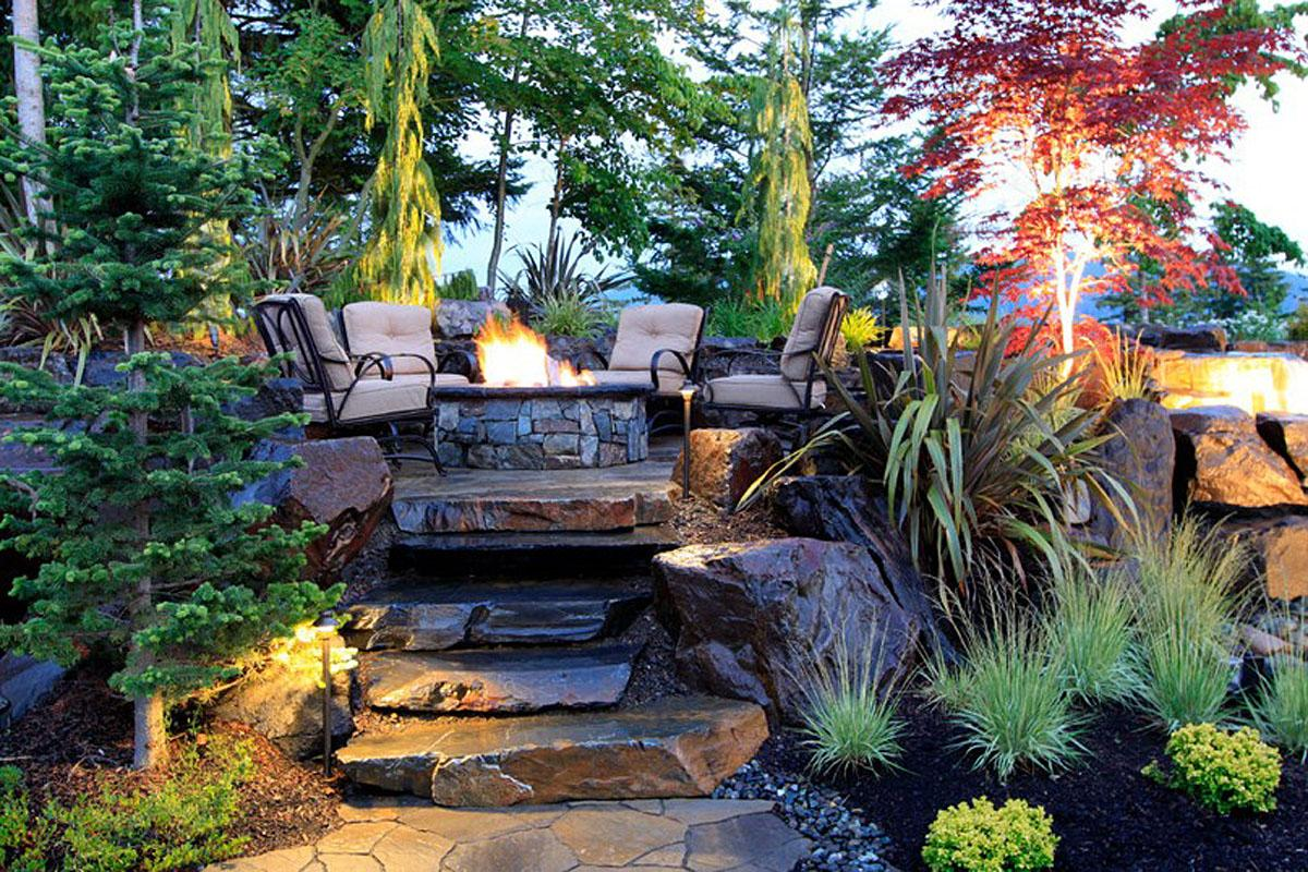 Photos pacific northwest backyards and gardens seattle for Landscaping rocks seattle