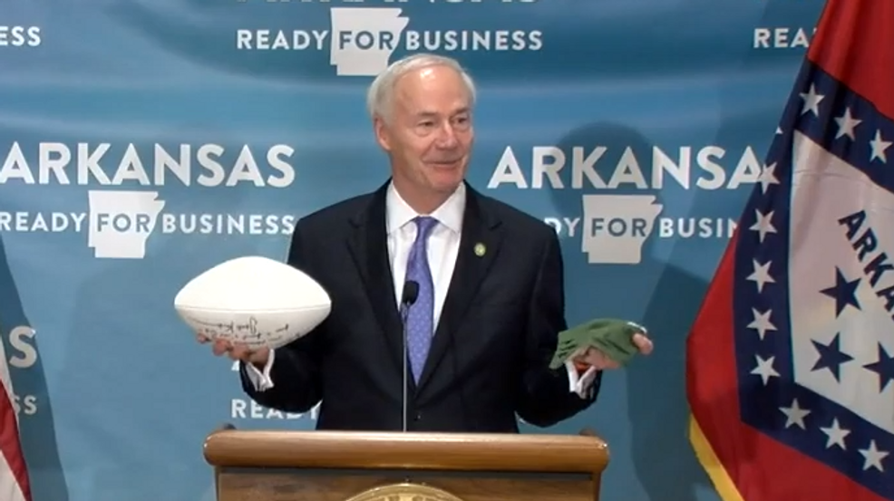 Want sports back? Wear a mask, Arkansas governor says
