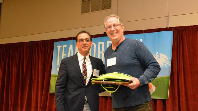 Eugene man honored as Oregon motorcycle safety Instructor of the Year
