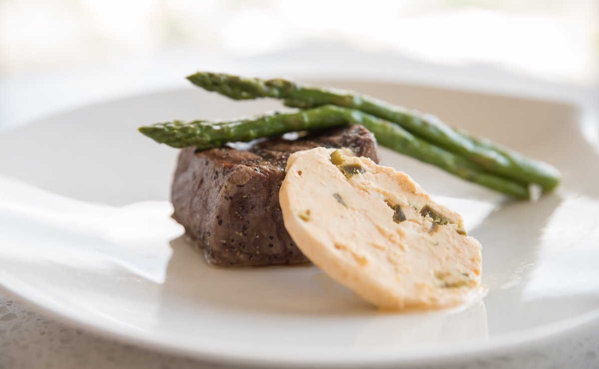 Filet mignon (center cut) with smoked paprika jalapeno butter and asparagus / Image: Sherry Lachelle Photography // Published: 8.22.17