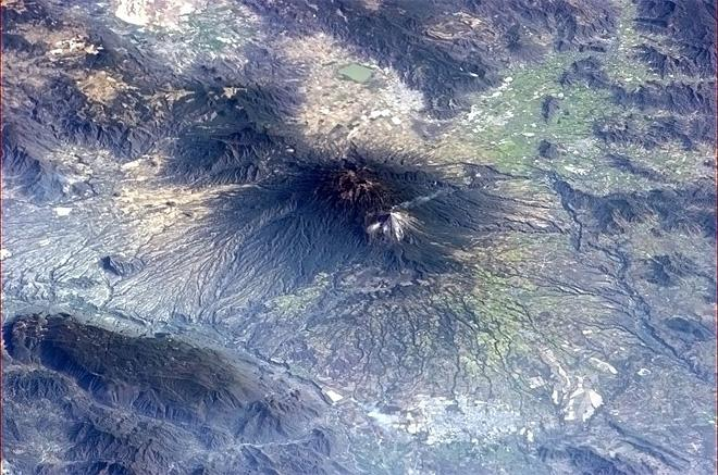 The Mexican Colima volcano having a quiet smoke. Quiet is good. (Photo & Caption: Chris Hadfield/NASA)