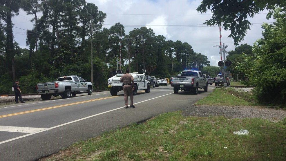 Sheriff active shooter in panama city wpec for Bay motors panama city florida