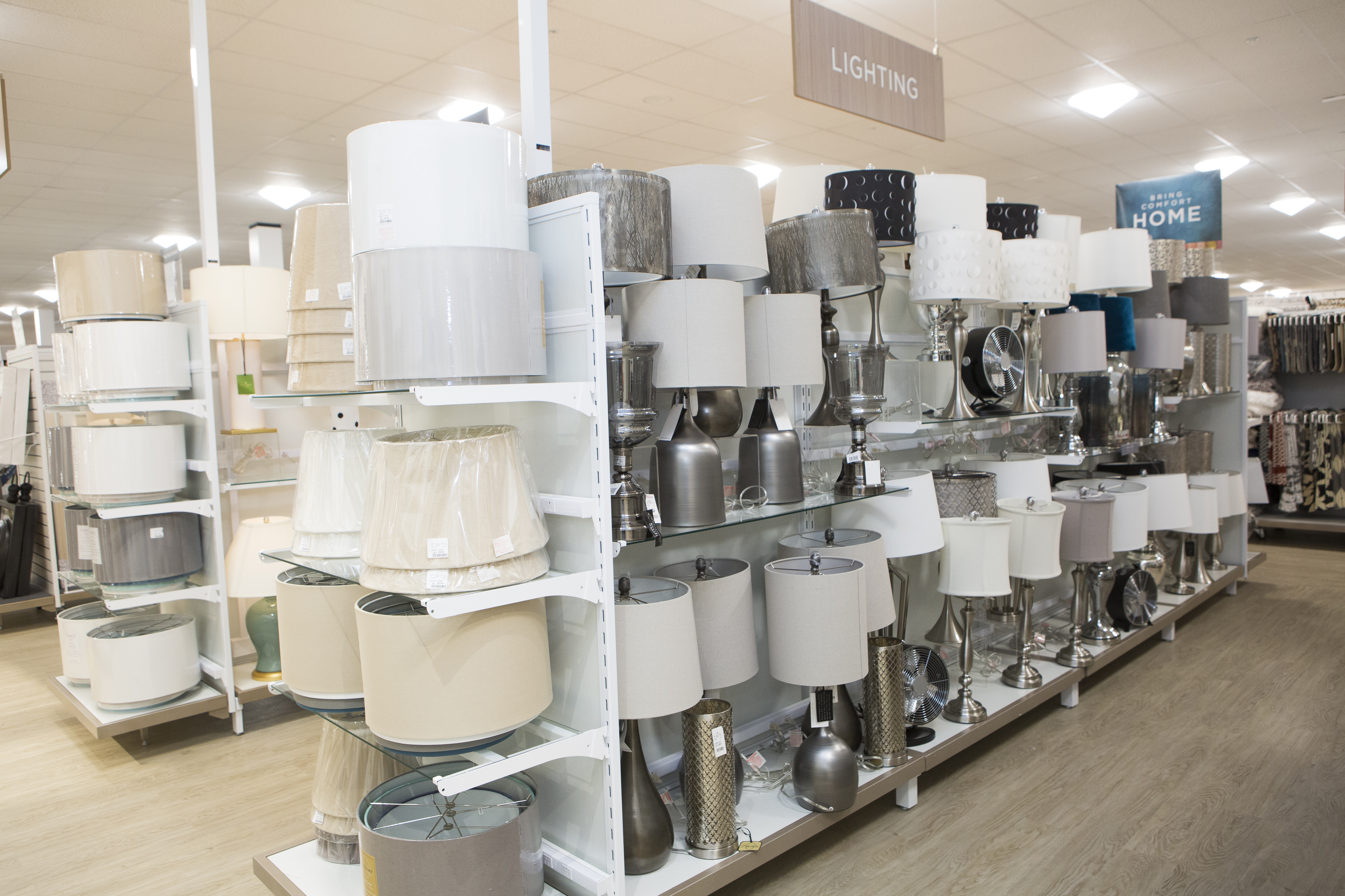 "<a  href=""https://www.homegoods.com/"" target=""_blank"" title=""https://www.homegoods.com/"">HomeGoods</a>{&nbsp;}is opening a brand new (and the very first) store in Seattle on November 3, 2019 at 1500 W Armory Way in Interbay! If you aren't too familiar with HomeGoods, this store has{&nbsp;}high quality home décor at unbelievable values, including top brands and designers to unique finds from all over the world. The store offers everything from gourmet foods to bedding, bathroom and storage necessities, kids and pet décor and more. Opening at 8 a.m., stop by HomeGoods to shop around and enjoy custom treats from Cupcake Royale. There will also be games to play on site! (Image courtesy of HomeGoods)."