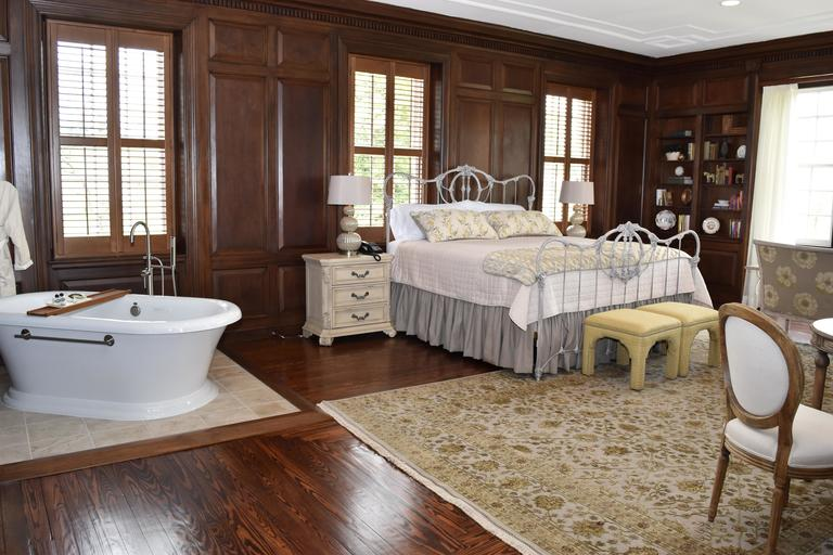 Inn at Evergreen  Guest Room  (Photo credit: Inn at Evergreen)<p></p>