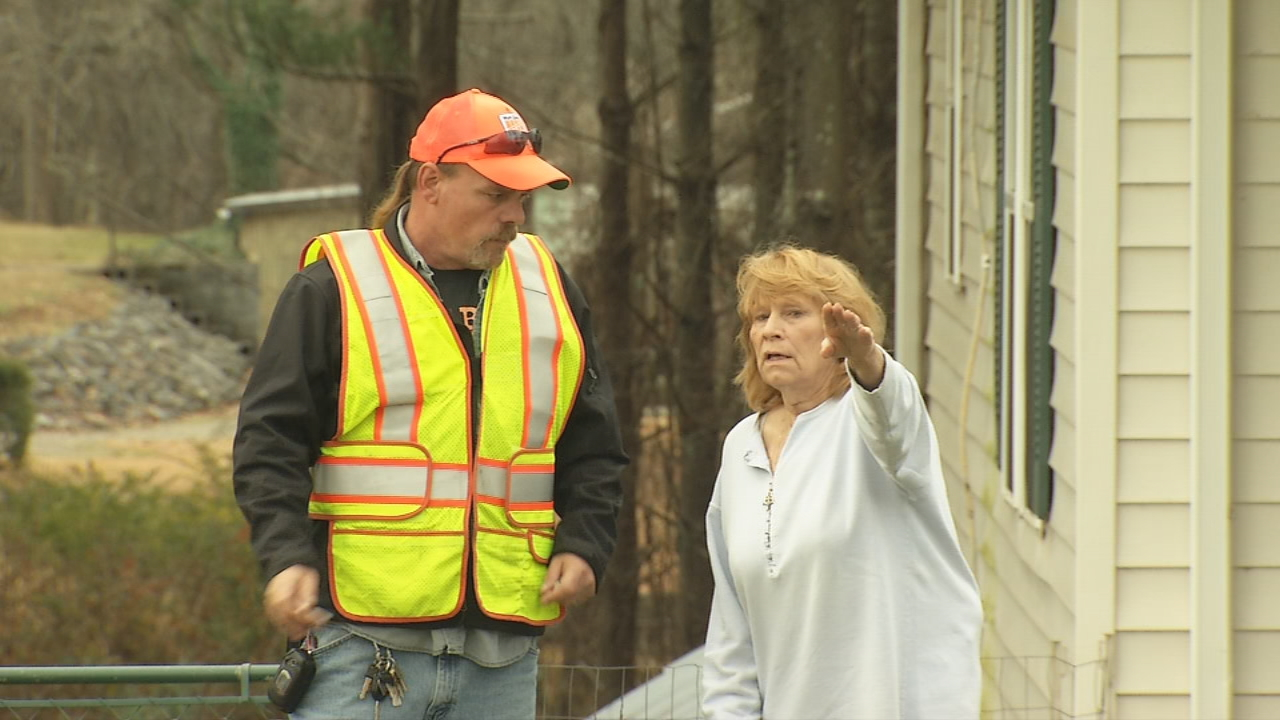 A long-running standoff between Buncombe County resident Margie Sprengelmeyer and the DOT might finally be coming to an end. (Photo credit: WLOS staff)