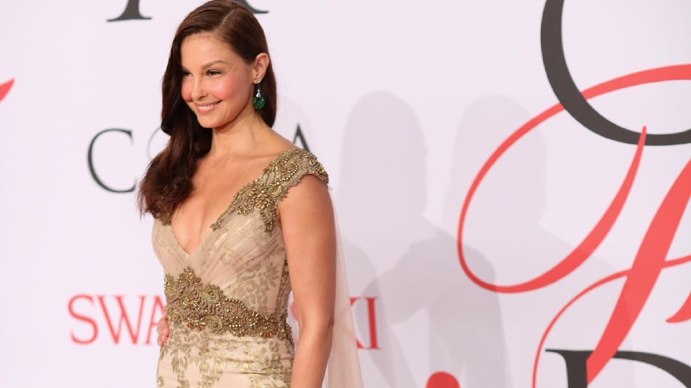 Ashley Judd joins anti-police brutality protest