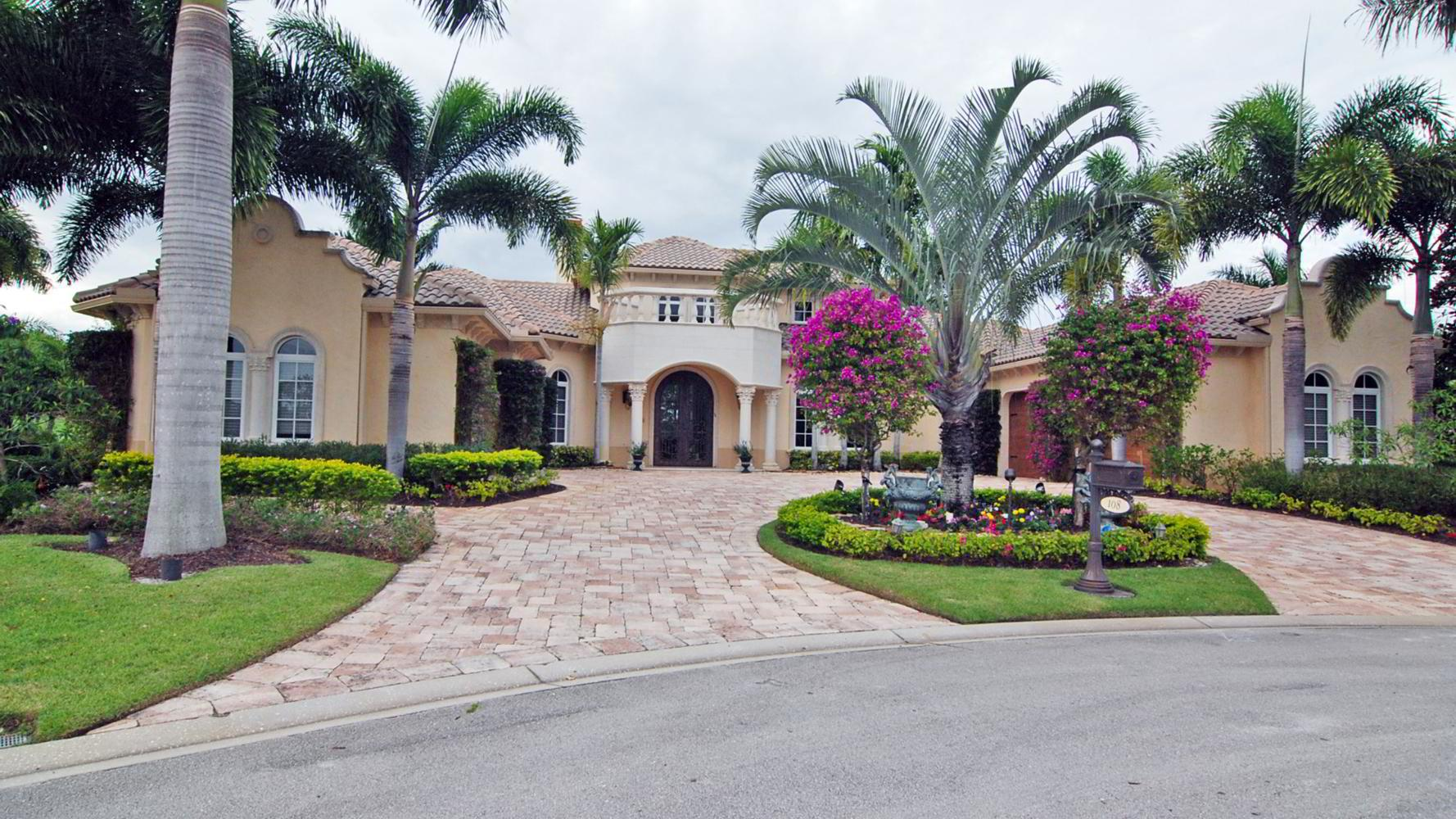 Mansion of the Week: 108 SE Santa Lucia