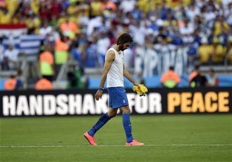 Greece's Giorgos Samaras walks off the field after his team's 3-0 loss to Colombia during the group C World Cup soccer match between Colombia and Greece at the Mineirao Stadium in Belo Horizonte, Brazil, Saturday, June 14, 2014.