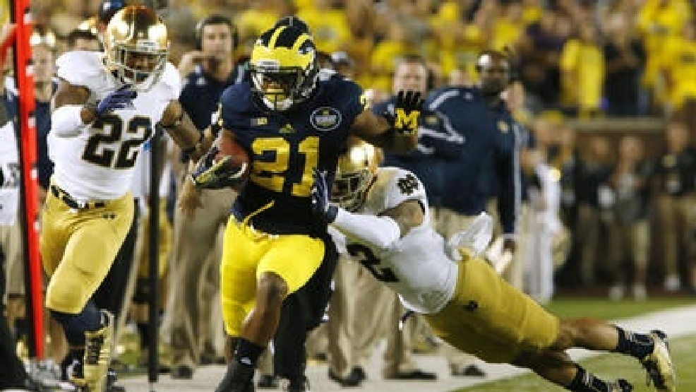 wsbt-live-tweets-notre-dame-vs-michigan-201309-007-jpg.jpg
