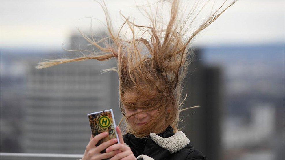 World Weather Photos: A hair-raising end to winter