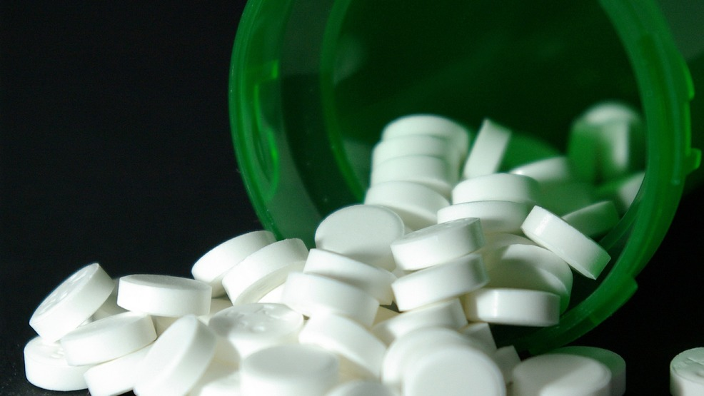 Northwest Arkansas doctor linked to 'pill mill' pleads guilty to federal drug charge