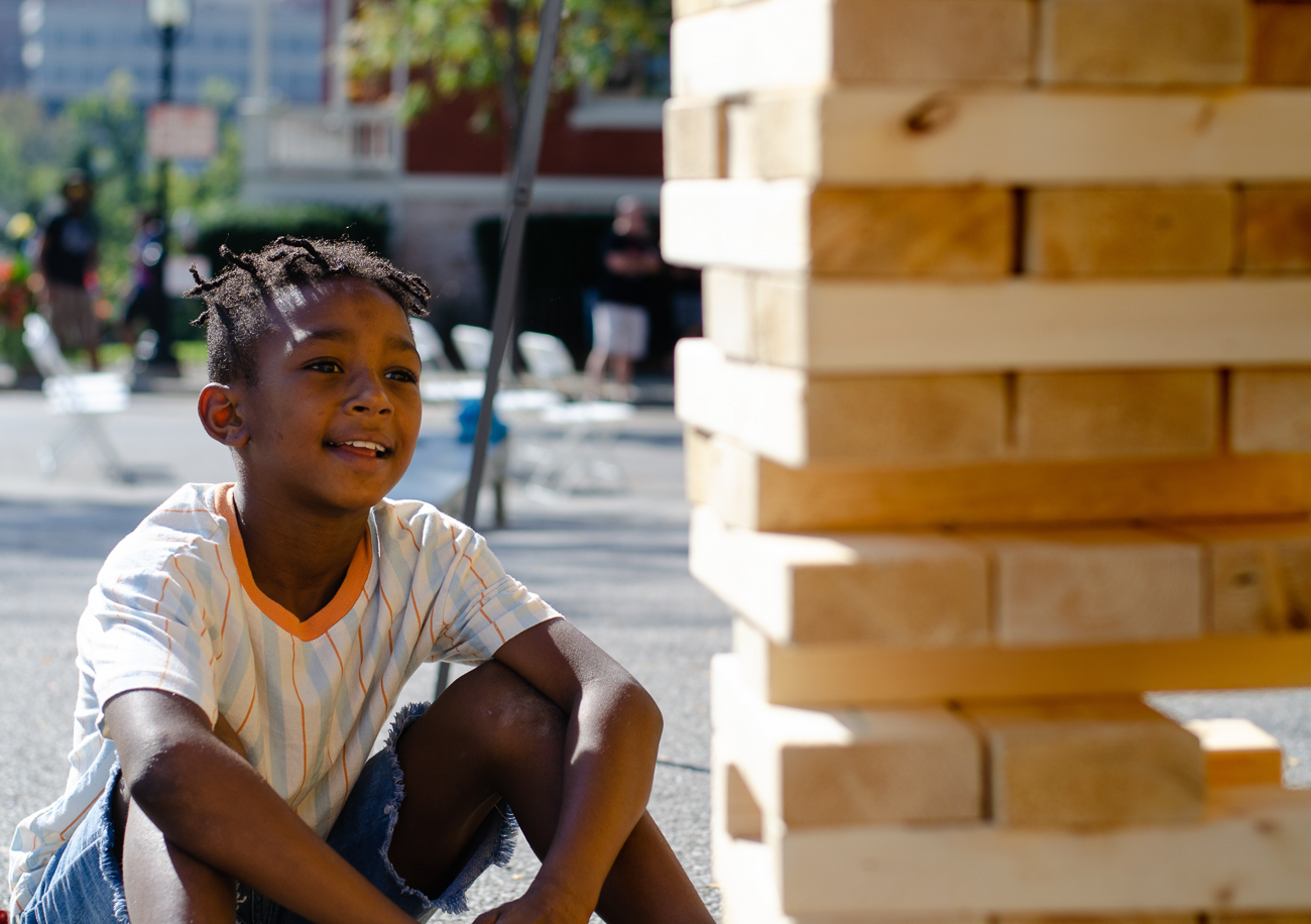 Jeead playing Jenga / Image: Kellie Coleman // Published: 10.7.18
