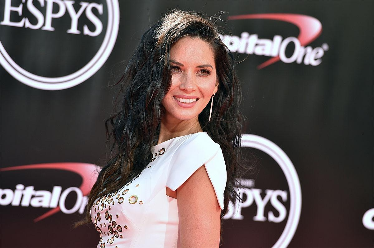 Olivia Munn arrives at the ESPY Awards at the Microsoft Theater on Wednesday, July 13, 2016, in Los Angeles. (Photo by Jordan Strauss/Invision/AP)