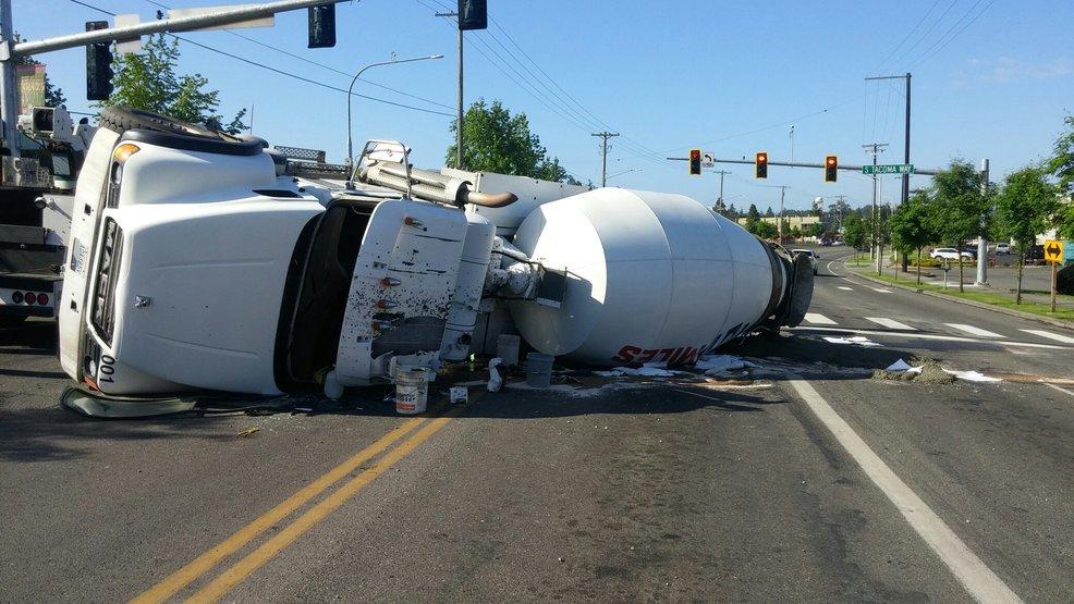 overturned cement truck blocks lakewood road komo