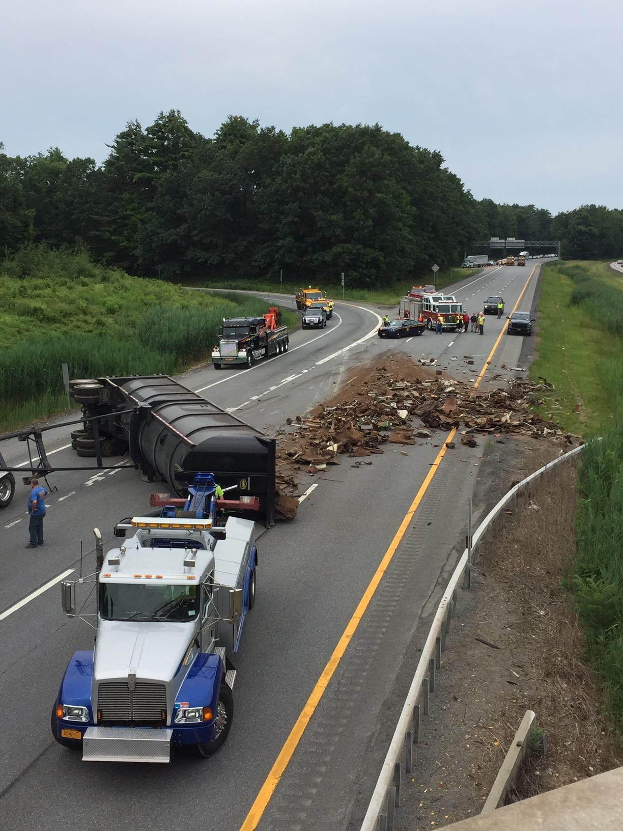 Tractor Trailer rollover on I87 southbound, debris scattered